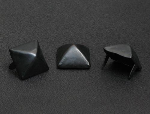ピラミッドB-L