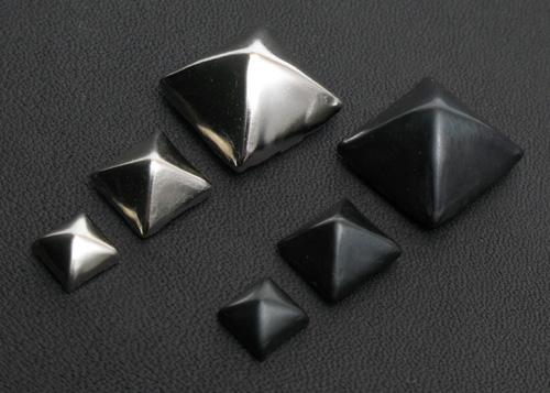 ピラミッドの比較
